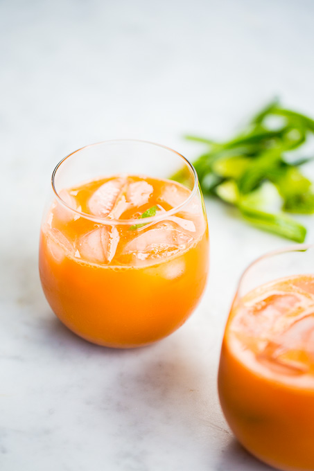 carrot juice with ice