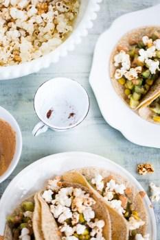 Tacos de calabacitas y palomitas