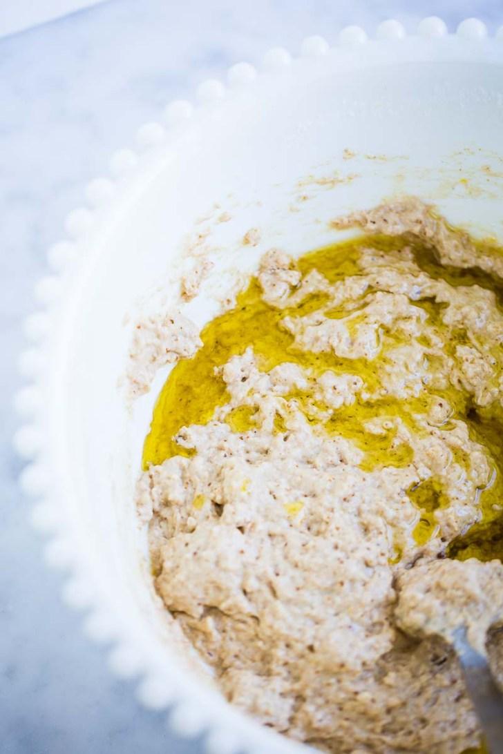 Mecla de harina y aceite de oliva para pan.
