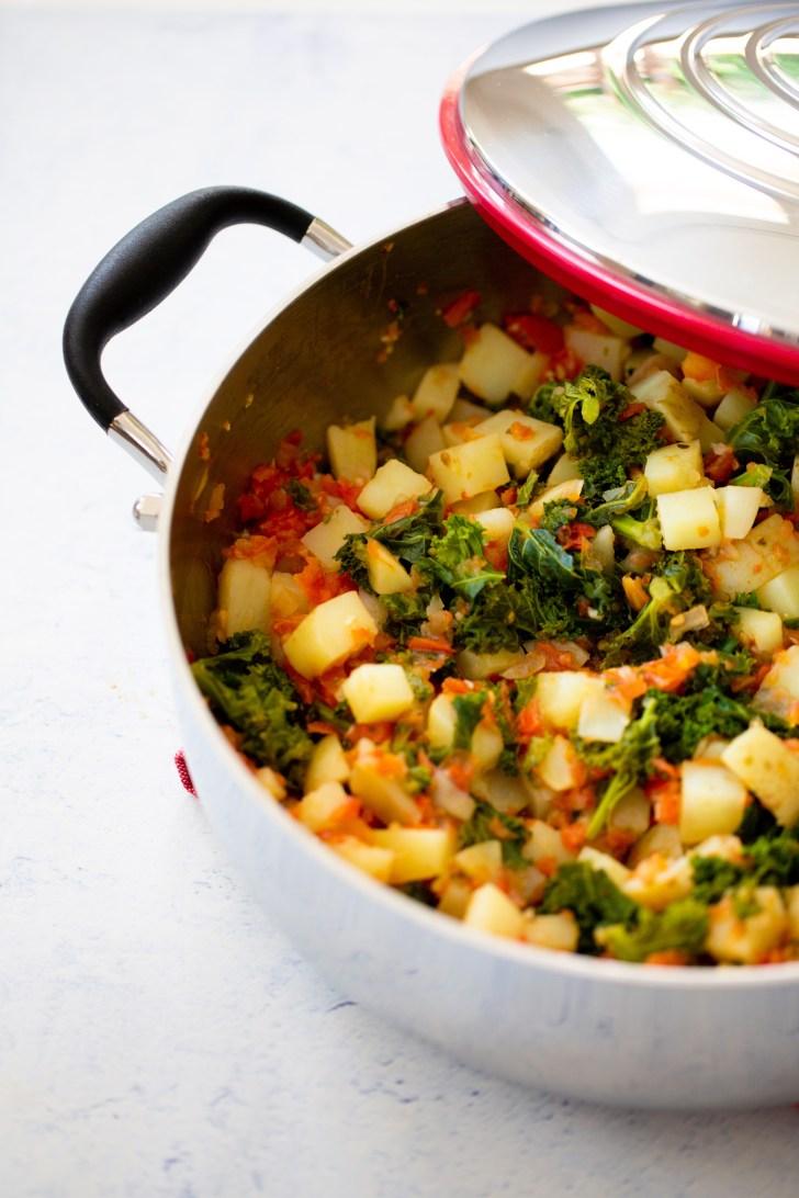 guisado de kale y papa para hacer tacos