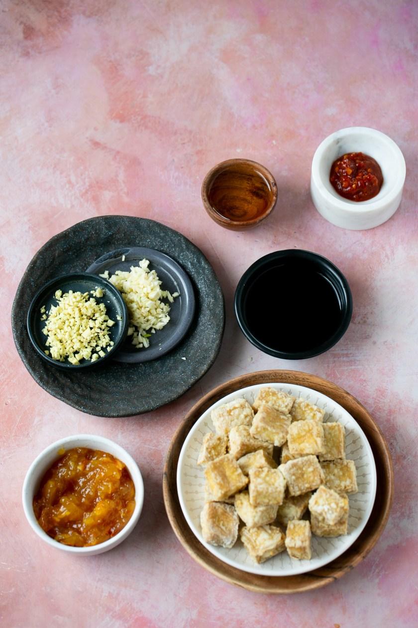 Ingredientes para hacer tofu crujiente a la naranja