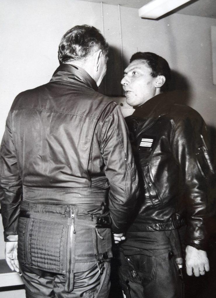 Le général Bigeard avec le LCL Richalet