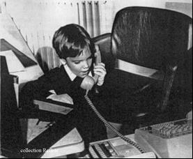 Erwan téléphonant au père Noel