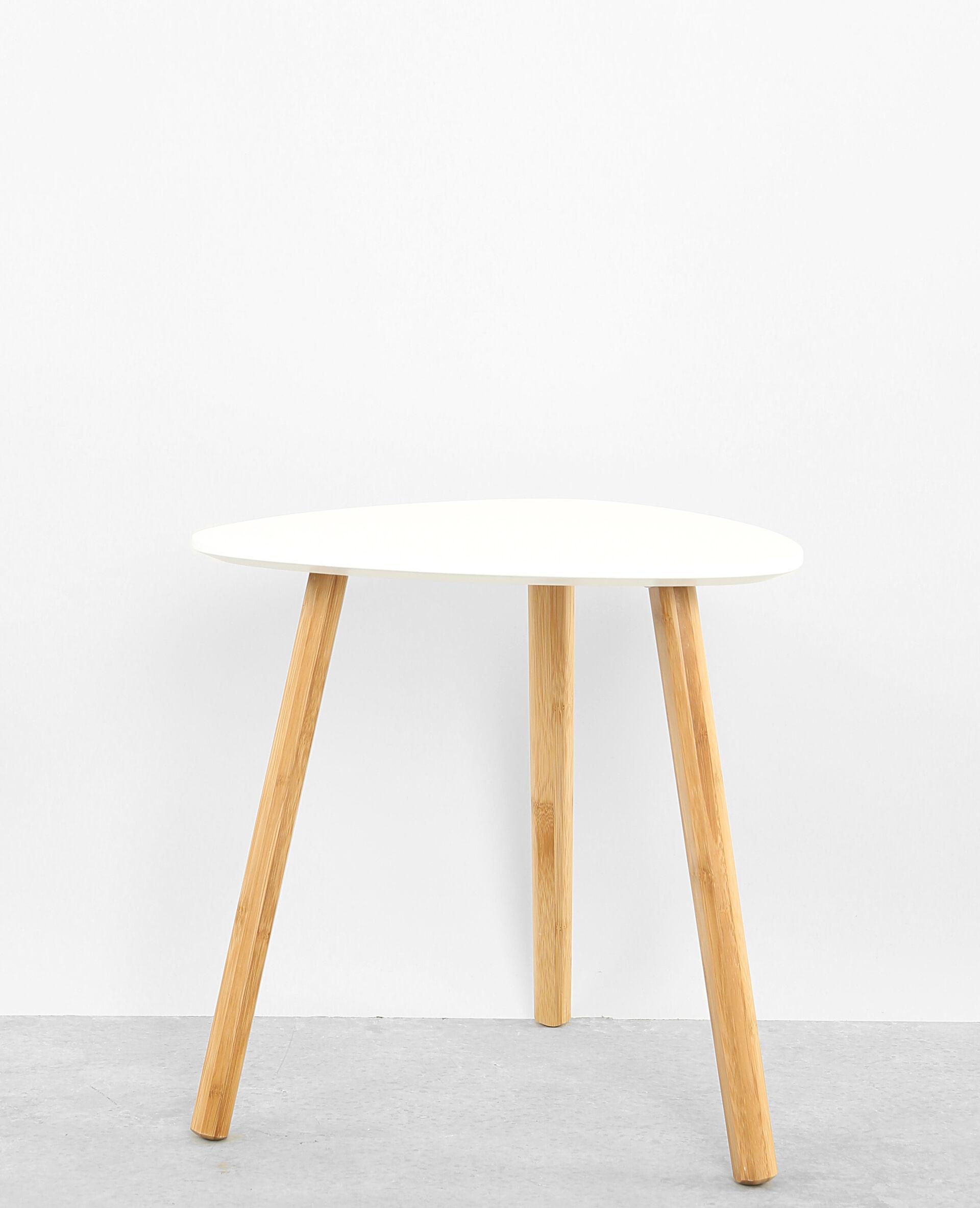 petite table 3 pieds