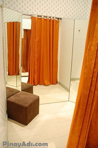 Elegant dressing room at Fashion Forum