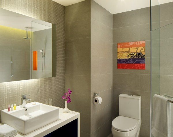 Standard Room_Bathroom