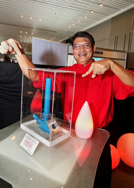 The miniature Coca-Cola Agos Ram Pump model was one of the conversation pieces during the 30 th gala night of the Coca-Cola Foundation Philippines. Since its launch, 118 ram pumps have been installed nationwide, benefitting more than 30,000 households.