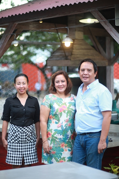 Owners Caren Diaz, Girlie and Louie Abad manage Beeffalo and can often be seen hanging out in the restaurant chatting up guests.