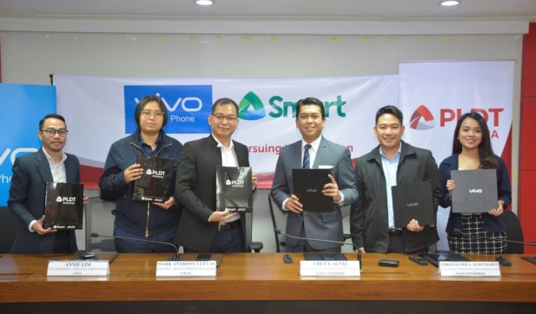 Vivo and Smart forge partnership for unlimited data plan with Vivo X21