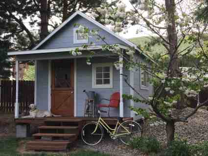 Pinecone Cottage
