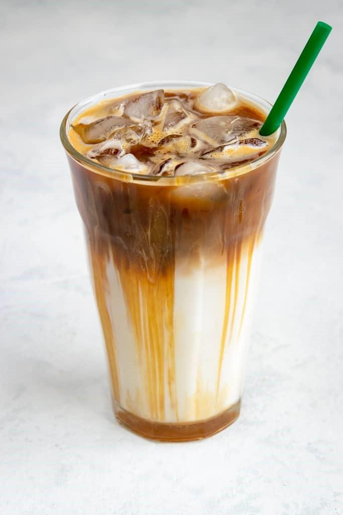 Soğuk Kahve Tarifleri: Yaz Sıcakları İçin Evde Yapabileceğiniz 5 Harika Soğuk Kahve Tarifi