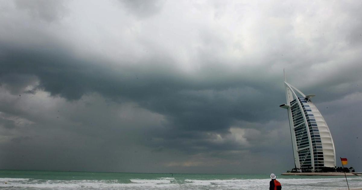 Dubai, Bulutlara Elektrik Vererek Yağmur Yağdırdı!