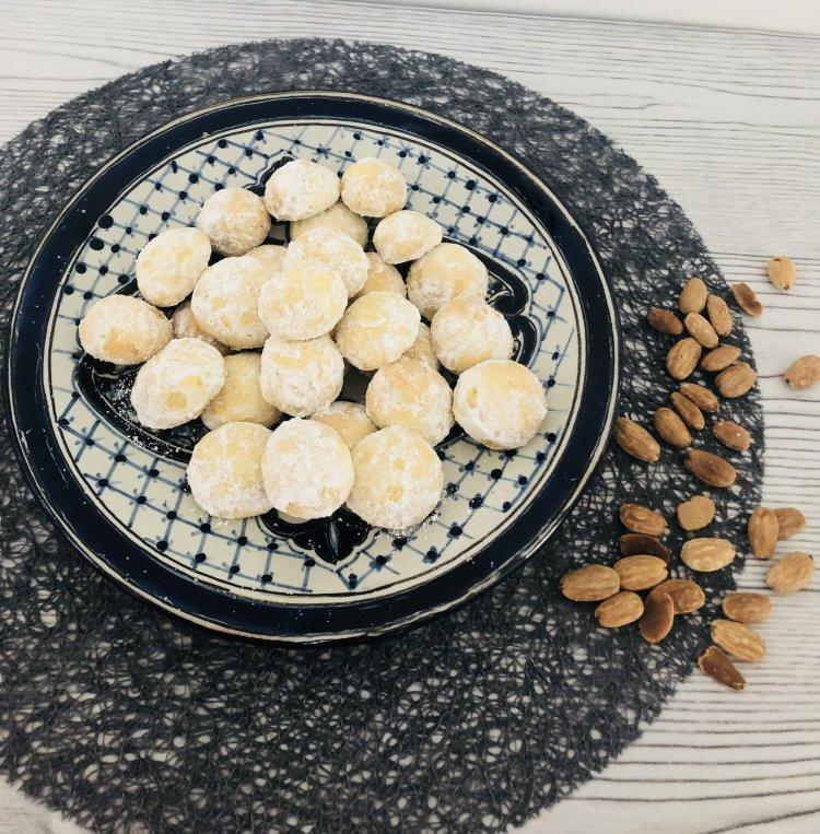 Marokkaanse amandelkoekjes recept - koekjes met amandel bakken - gemakkelijk en snel
