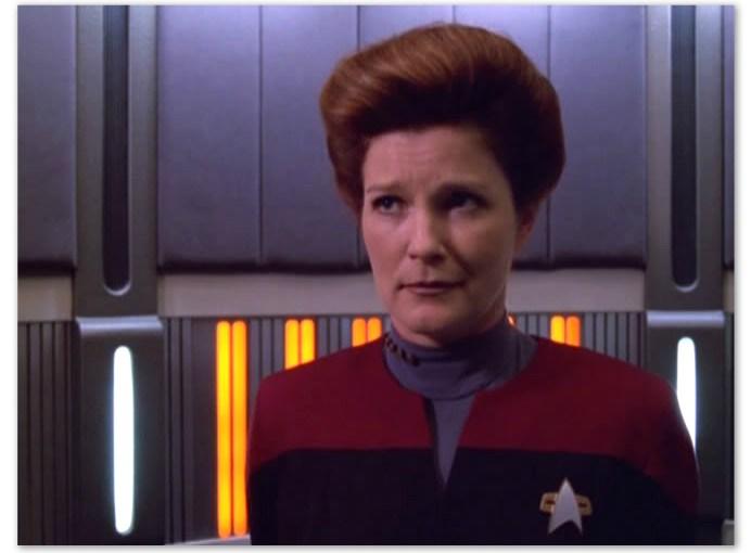<em> I Hate Captain Kathryn Janeway and You Should Too </em>