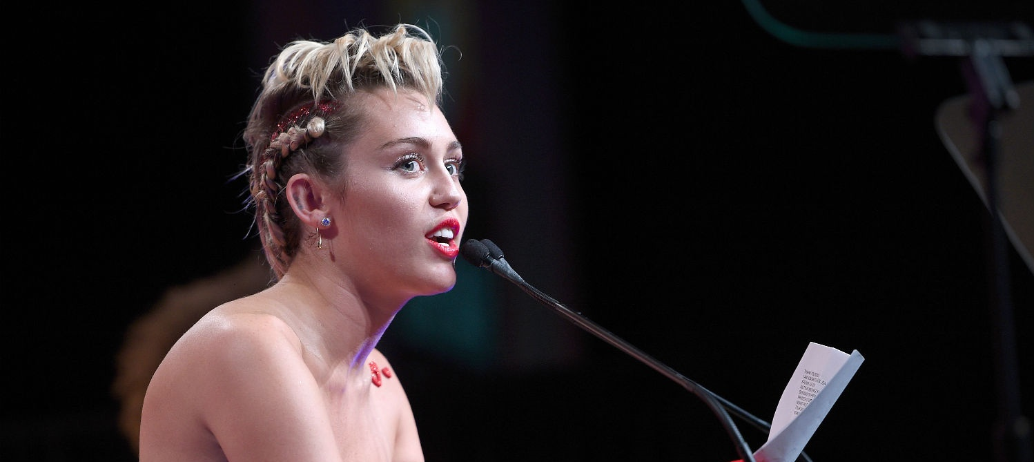 Hot show: Miley Cyrus, Flaming Lips plan nude concert