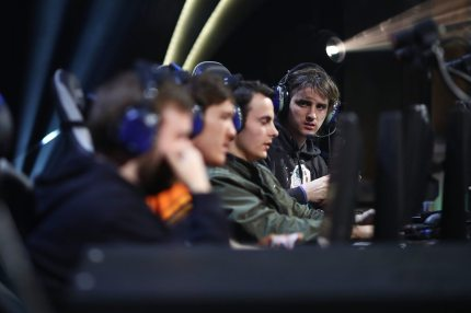 ANAHEIM, CA - NOVEMBER 3:  Team Method: Triforce compete with Team Grmbl at World of WarCraft at BlizzCon 2017 at Anaheim Convention Center on November 3, 2017 in Anaheim, California. BlizzCon is the site of the Overwatch World Cup 2017 eSports tournament. (Photo by Joe Scarnici/Getty Images)