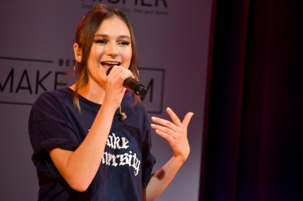 NEW YORK, NY - MAY 05: Daya performs onstage during MTV's 2017 College Signing Day With Michelle Obama at The Public Theater on May 5, 2017 in New York City. (Photo by Mike Coppola/Getty Images for MTV)