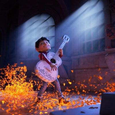 Disney·Pixar's COCO – New Teaser Trailer!!!