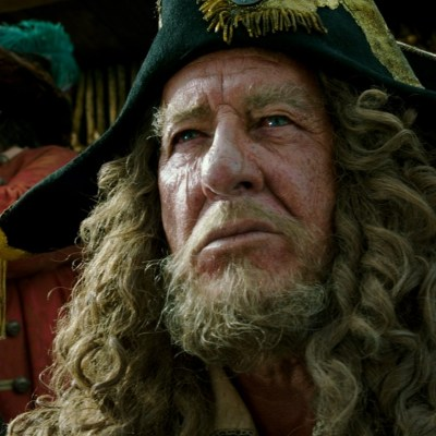 """EXCLUSIVE INTERVIEW: Geoffrey Rush (""""Barbossa"""") ~ PIRATES OF THE CARIBBEAN: DEAD MEN TELL NO TALES"""