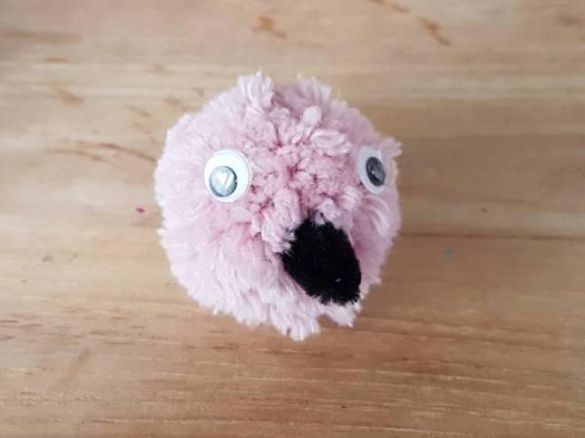 Flamingo Knutselen met Sien en Co knutselblog voor Mommy loves Pink de kop - DIY de Roze Flamingo