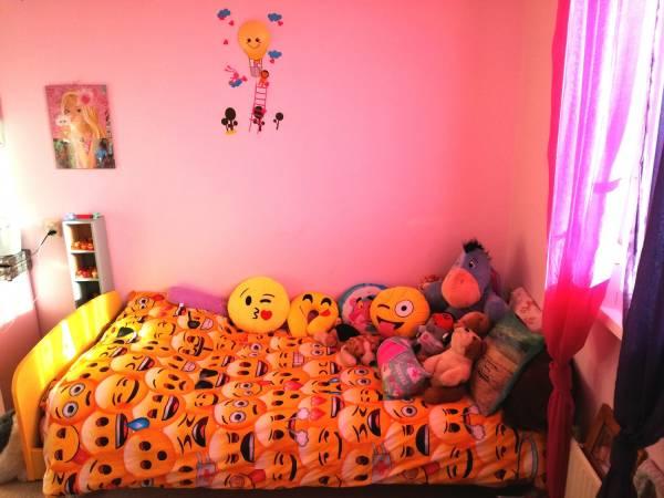 kinder bed