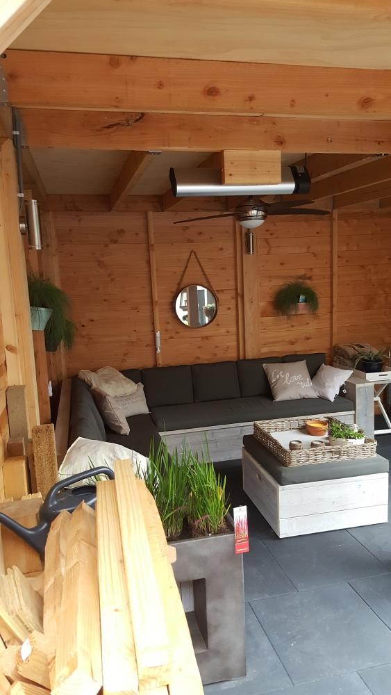 Douglas Veranda - Kijk jij ook altijd dromend naar films als je daarin huizen ziet met houten veranda´s?