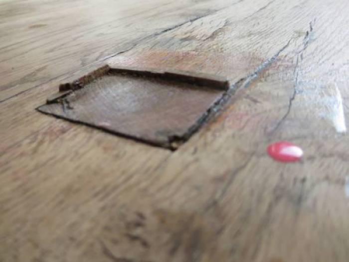IMG 1905 - DIY | Je oude tafel zo goed als nieuw en een tafel van kledinghangers