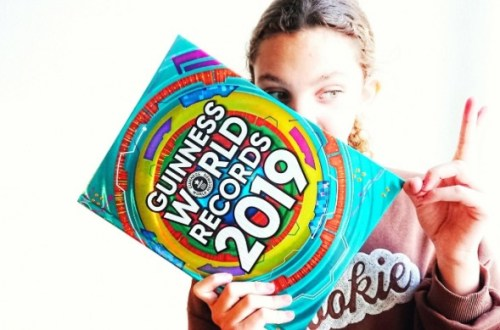 guinness world records 2019 - Guinness World Records 2019 | Review | Met de meest irritante video ooit!