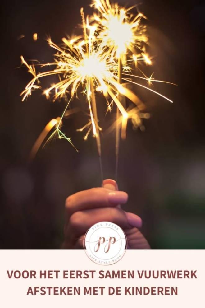 Voor het eerst samen vuurwerk afsteken met de kinderen - Voor het eerst samen vuurwerk afsteken met de kinderen