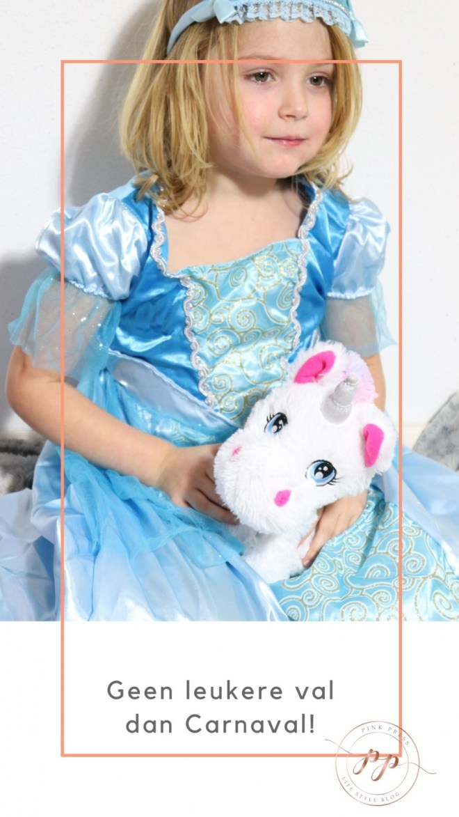 geen leukere val dan carnaval mooie Elsa jurk - Er is geen mooiere val, dan carnaval met kinderen