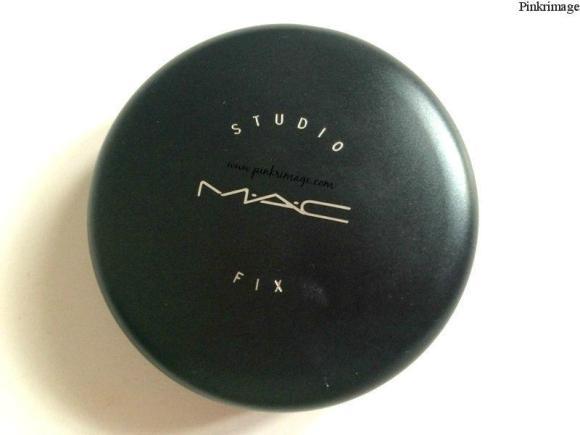 MAC Studio Fix Powder Plus Foundation NC30- Review & Swatches