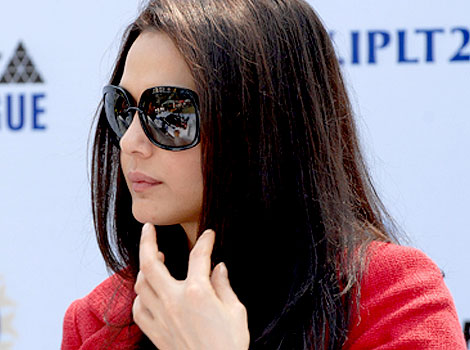 Gorgeous Preity Zinta at ipl auction 2009 65746