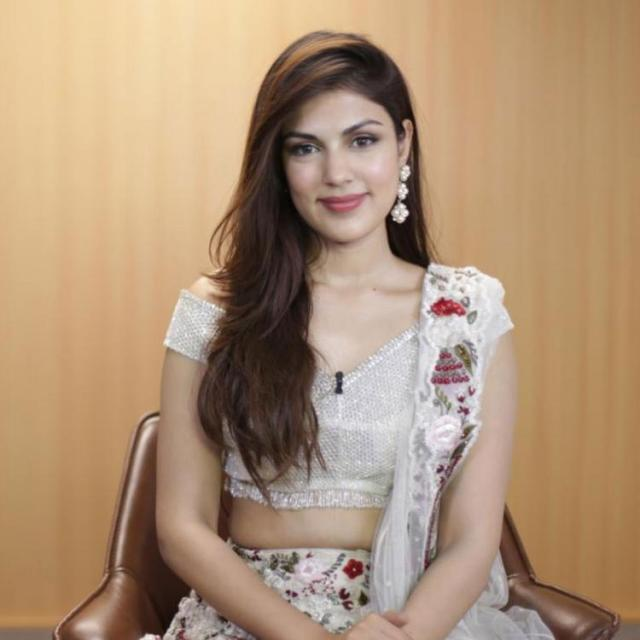 Sushant Singh Rajput Case: Rhea Chakraborty drops names of Bollywood A listers during probe; Report