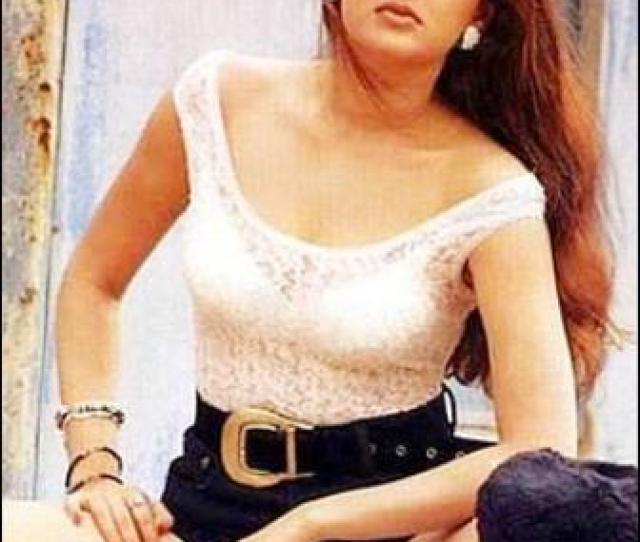 Mamta Kulkarni Was Born In A Middle Class Marathi Family She Never Had A Proper Academic Life And Thus Lacked Good Command On English