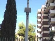 Palo inutile di FIDO-DECT fotografato il 27 luglio a Bari