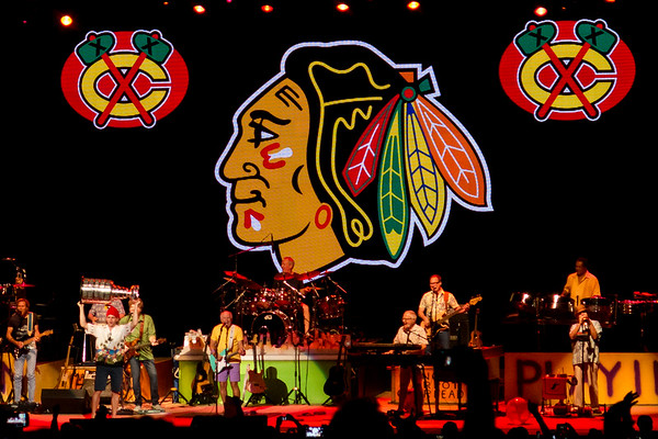 Patrick Kane shows off the Stanley Cup as Jimmy Buffett performs at the First Midwest Bank Ampitheatre on June 27, 2015