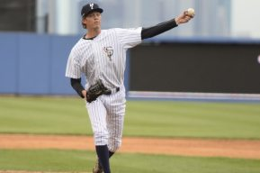Lefty Jonny Drozd on the mound for the SI Yanks (Robert M Pimpsner)