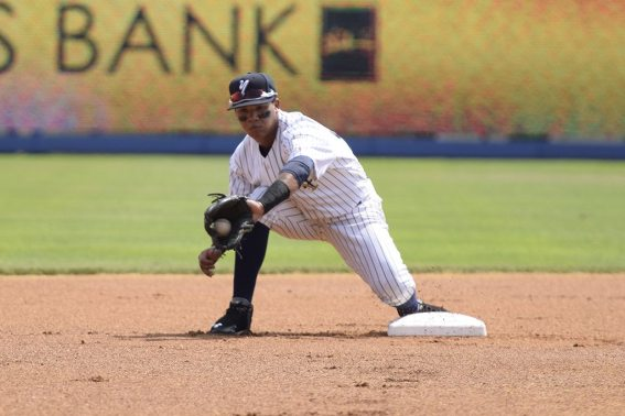 Thairo Estrada catches the ball for a force out at second base (Robert M Pimpsner)