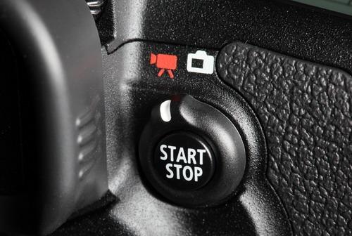 Canon EOS 7D video/stills button