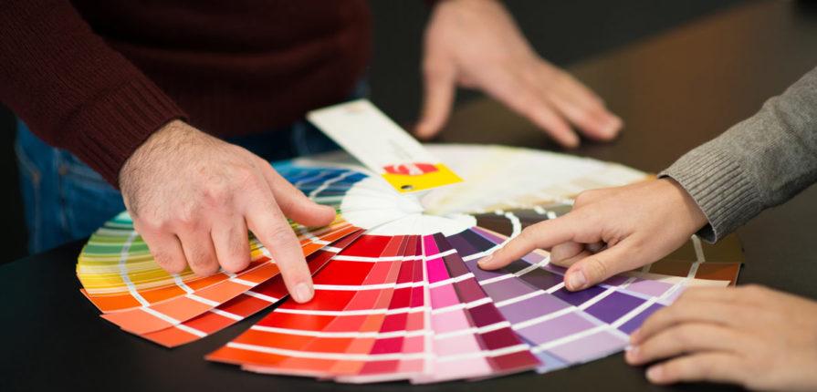 scegliere i colori delle pareti in base all'illuminazione. Come Scegliere Il Giusto Colore Delle Pareti Pintamos