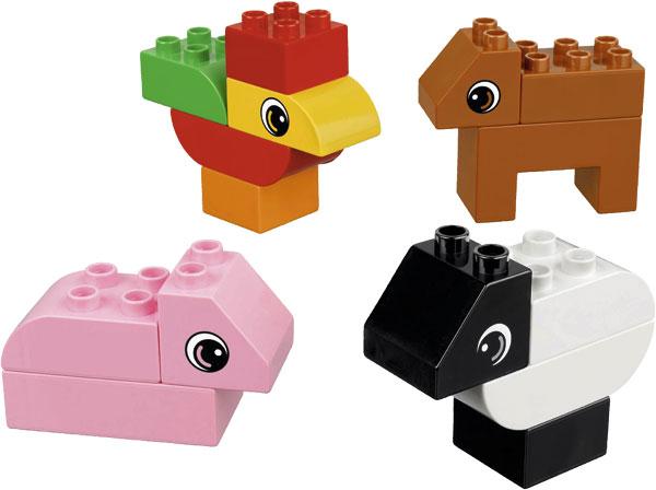 LeeyConstruye_LEGO_Granja1_PintandoUnaMama