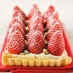 Tarta Fácil de Queso Mascarpone con Fresas o Frambuesas
