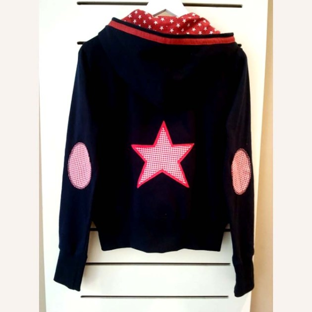 chaqueta-sudadera-azul-marini-estrellas-star_PintandoUnaMama