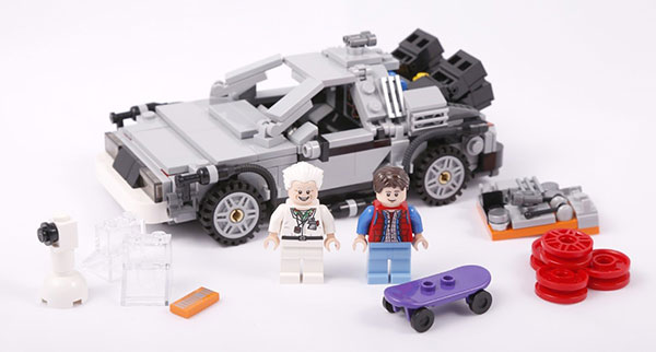 lego-21103-the-delorean-time-machine