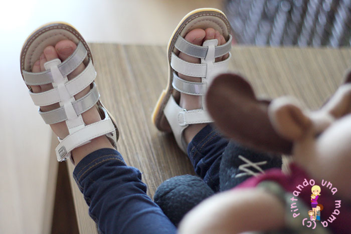 sandalias-verano-garvalin-tiras