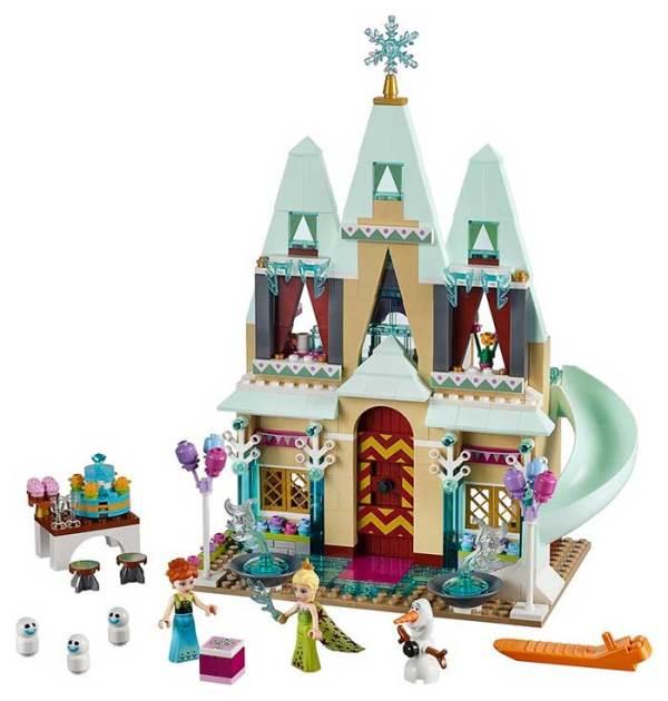 Celebracion-en-el-Castillo-de-Arendelle-de-LEGO-y-Aventura-en-Trineo-de-Anna-y-Kristoff