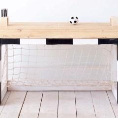 Mesa de Estudio en Forma de Portería de Fútbol