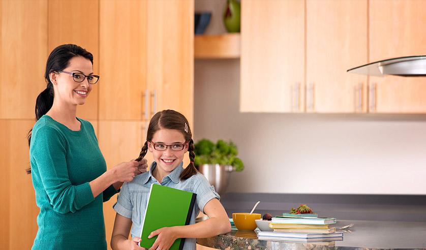 2386083a4e Proteger la Vista de los Niños con Lentes Transitions - Pintando una mamá | Pintando  una mamá