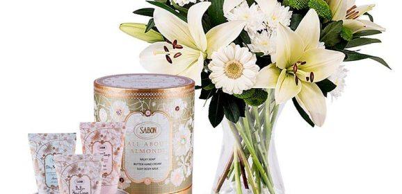 Ideas de Regalo y Flores para la Madre tras la llegada de un Bebé