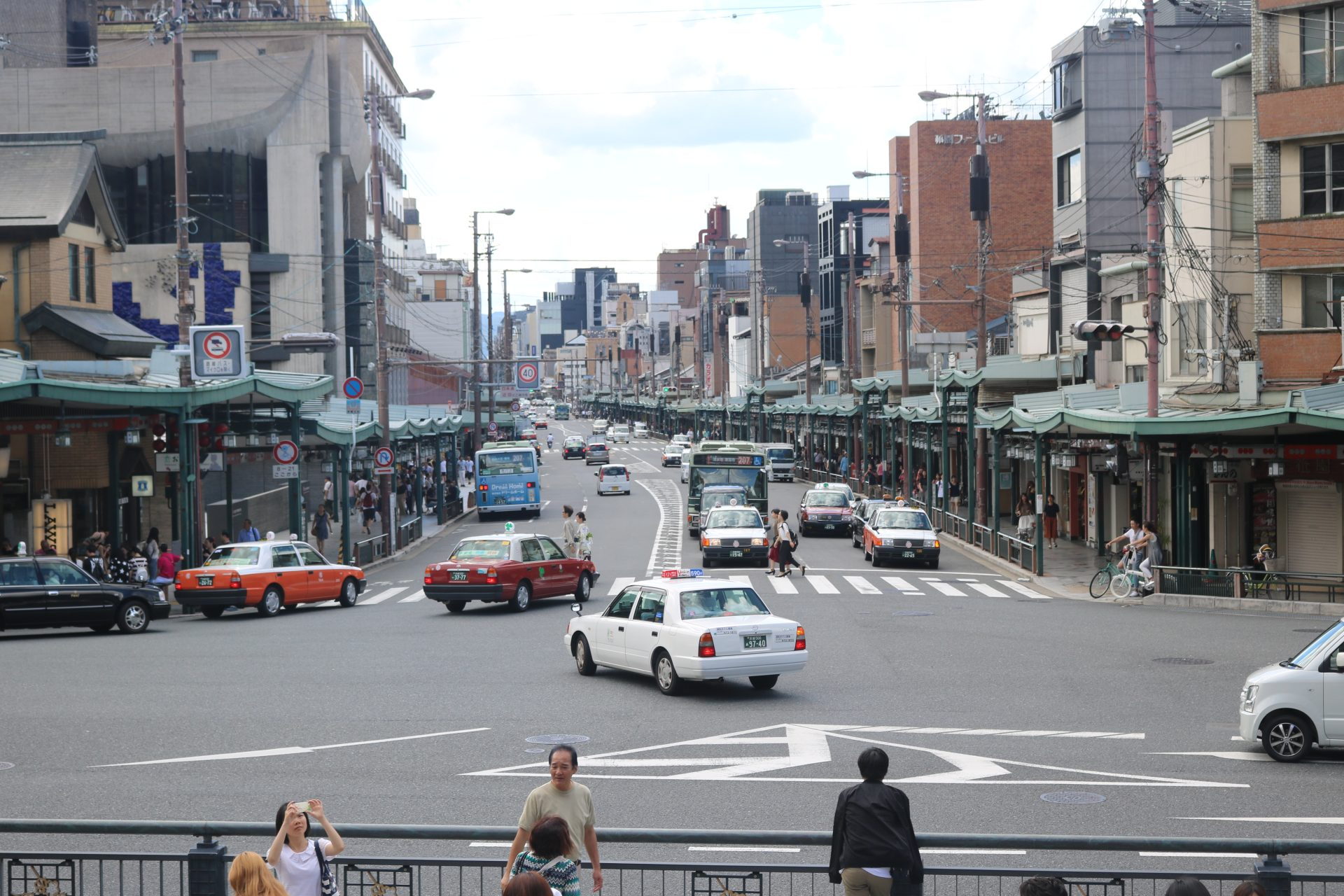 kyoto-shijo-ave